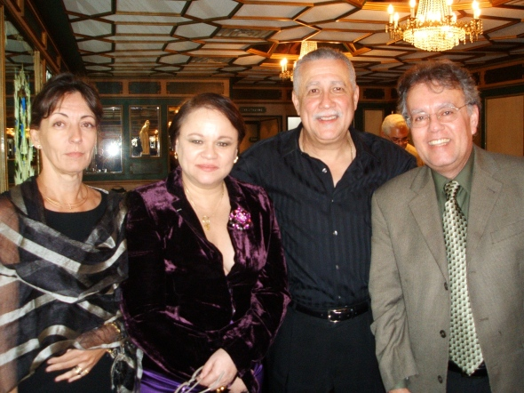 Con Enaida Unzueta, Paquito D'Rivera y Rolando Morelli en el Restaurante Versailles.