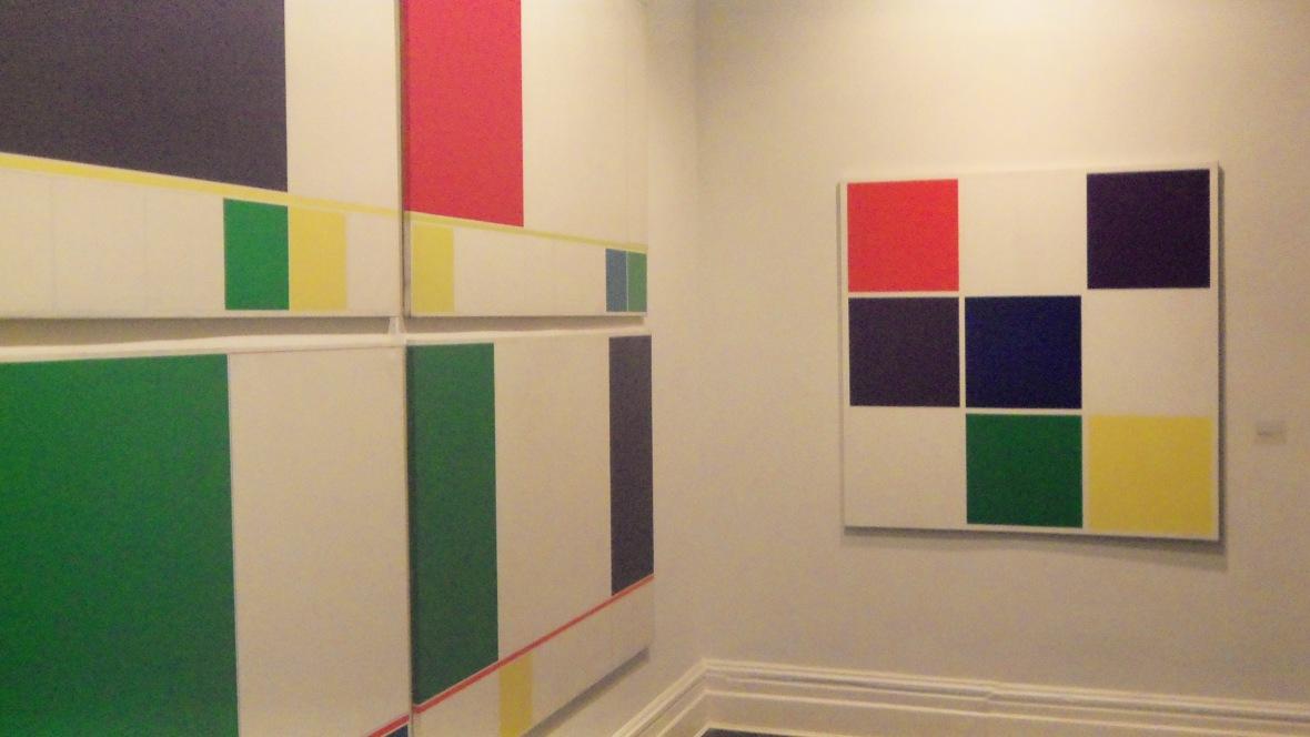 Vista de instalación de obras de Waldo Balart en Henrique Faria Fine Art, New York City