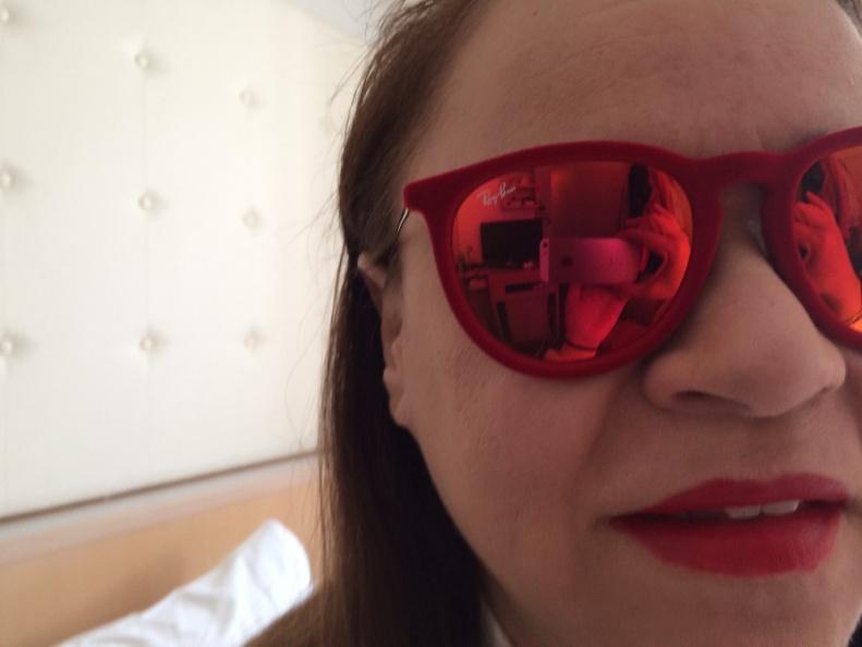 Mis gafas Ray Ban de terciopelo, regalito recibido en Japón