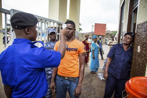 Pourquoi-Cuba-envoie-des-medecins-contre-Ebola_article_main