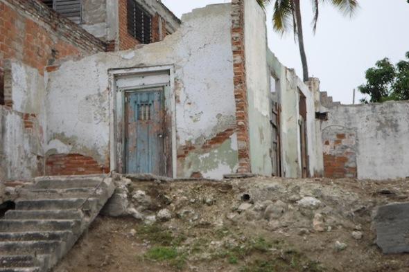Vivienda-en-ruinas-Foto-YR