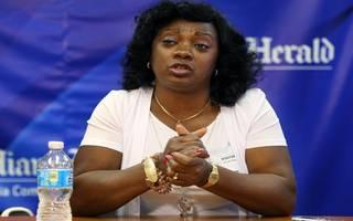 Berta Soler Herald hands JAI (1)