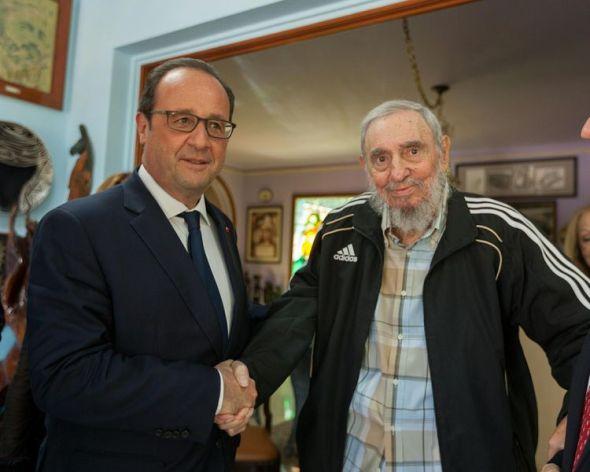 775186-lors-de-son-voyage-a-cuba-francois-hollande-a-rencontre-fidel-castro-le-11-mai-2015