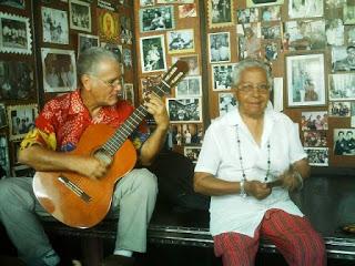 Chely-Romero-y-Marcos-Cobas-en-la-Casa-de-la-TRova-de-Santiago-de-Cuba.