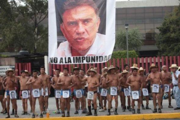 f616e_marcha_campesinos_desnudos1
