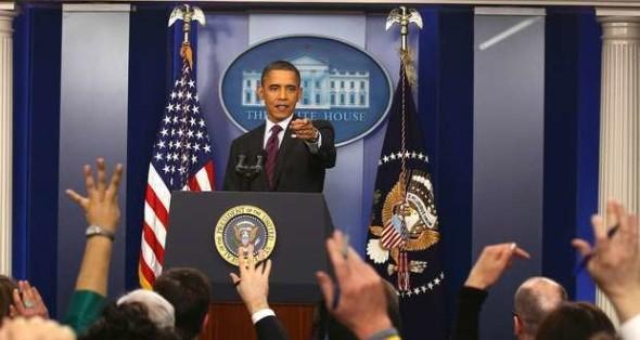 Obama-atendiendo-a-medios-de-comunicación-en-la-Casa-Blanca1-_ab-620x330