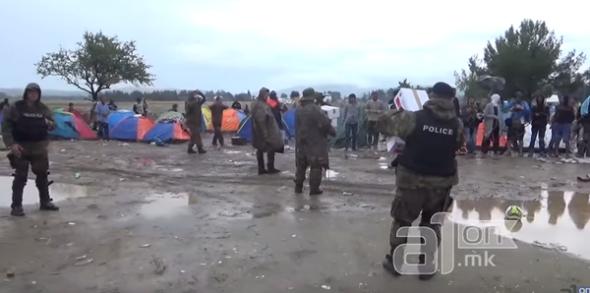 804546-capture-video-migrants