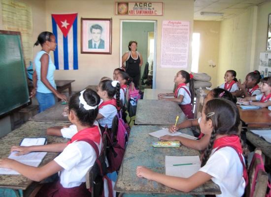 aula-provisional-para-la-escuela-marcos-marti