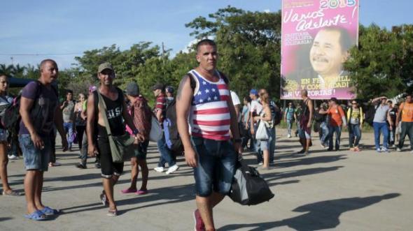 151125031101_cubanos_migrantes_nicaragua_costa_rica_640x360_reuters_nocredit