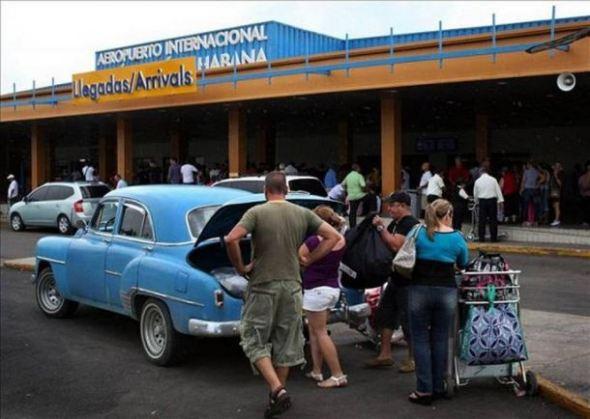 dddb1_cubano_americano_llega2_efe