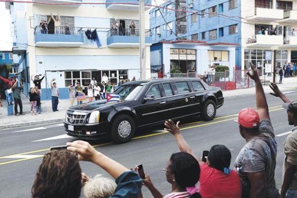 e6e37_web_obama_en_cuba1
