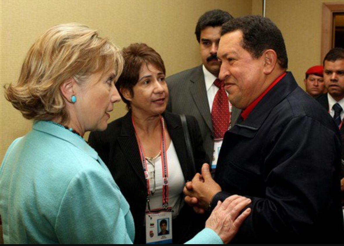 Hillary Clinton y Hugo Chávez