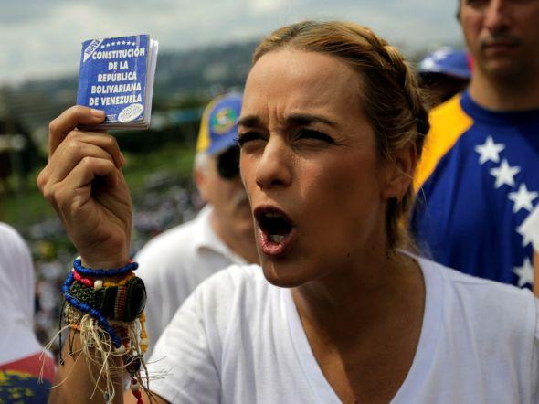 venezuela-caracas-lilian_tintori-leopoldo_lopez-nicolas_maduro-america_166495124_20186790_1706x1280
