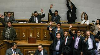 votoparlamentovenezuela251016
