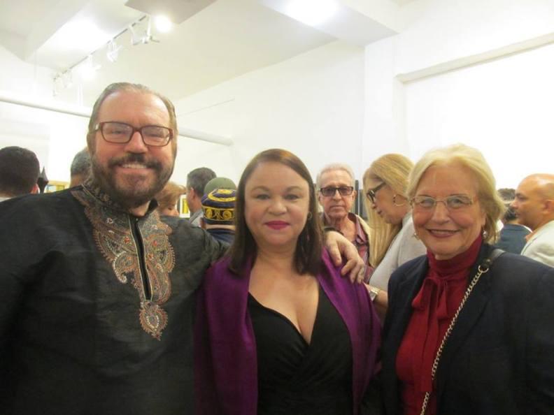 Con Daniel Fernández y la escritora y periodista Olga Connor